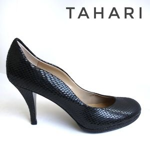 Tahari Collete Black Snake Print Pumps sz 7.5